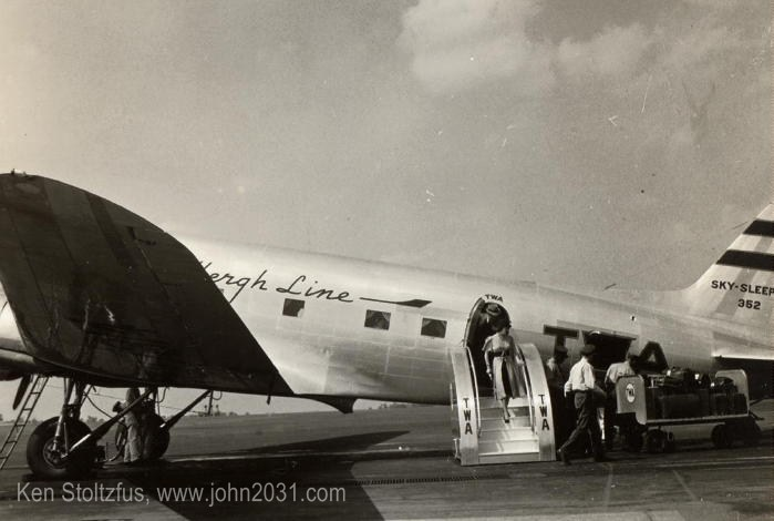 Douglas DST and DC-3 airplane pictures. Welcome to ...